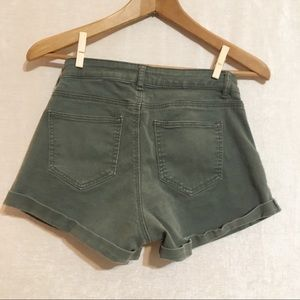H&M's Shorts Army Green Size 4